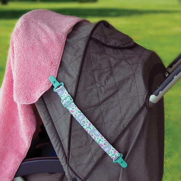 Clip-itz-3-Blanket-cover-stroller-in-park